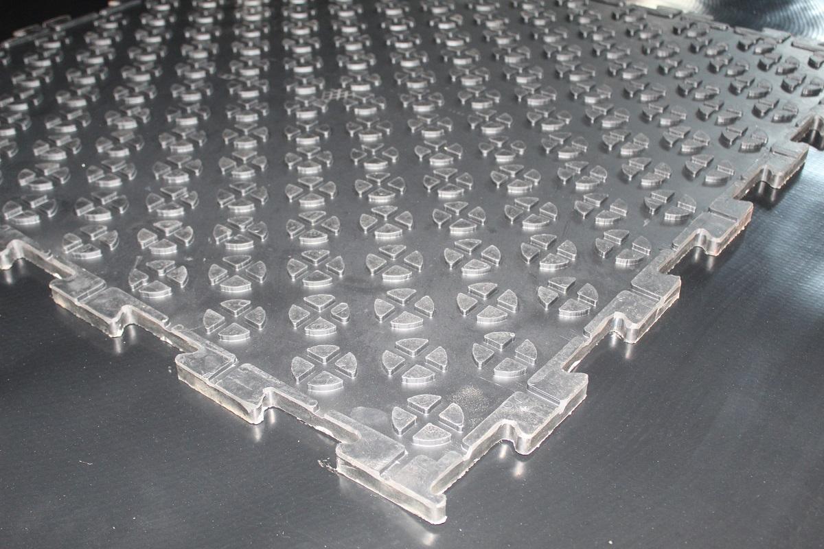 Puzzelmat 17mm onderkant